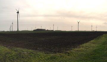 Zorgen bij dorpen Delfzijl om bevingsbestendigheid windmolens